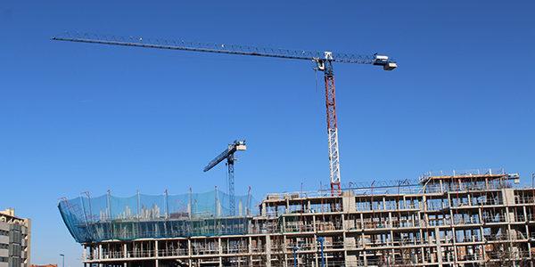 La construcción de pisos resurge en Madrid con 39%