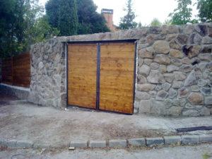 Garaje de piedra natural en madrid